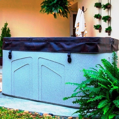 Lifesmart Rock Solid Simplicity Plug and Play 4 Person Spa in Backyard