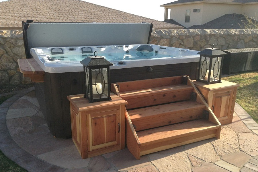 A Complete Guide To The Five Best Hot Tub Steps