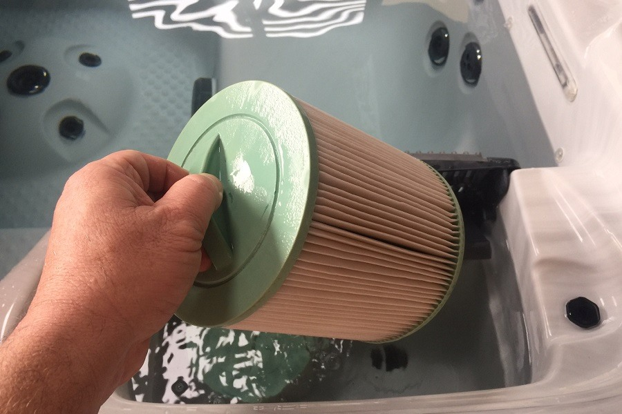 A Beginner's Guide To Hot Tub Filters